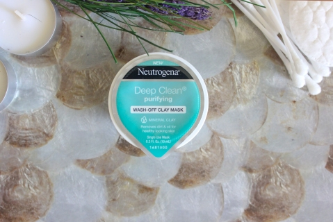 """It_s in the Gel""Neutrogena® Mask Collection 4"