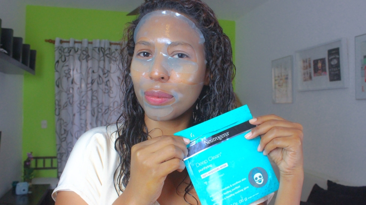 """It_s in the Gel""Neutrogena® Mask Collection 6"